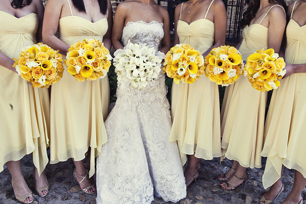 bridemaids_yellow_dresses.JPG