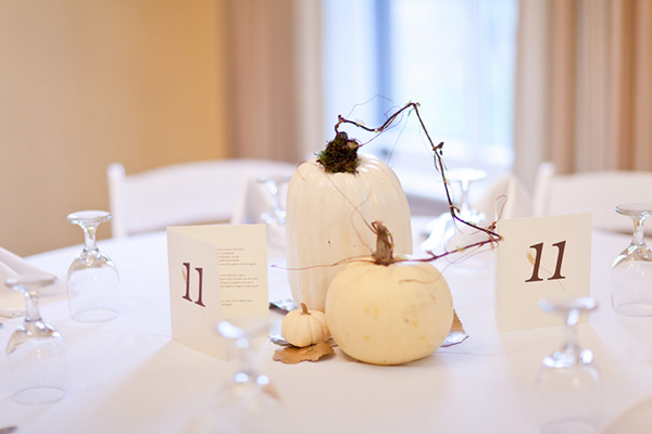 white_pumpkin_wedding_centerpiece.jpg
