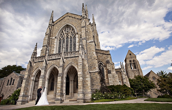 bride_entering_cathedral.jpg