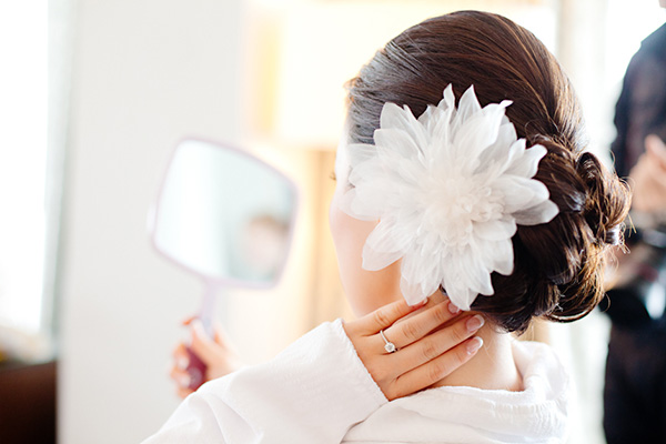 bride_hair_flower.jpg