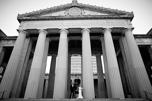 bride and groom in front of war memorial nashville, tn